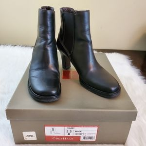 Cole Haan Sz 5.5 Darby Black Leather Ankle Boots